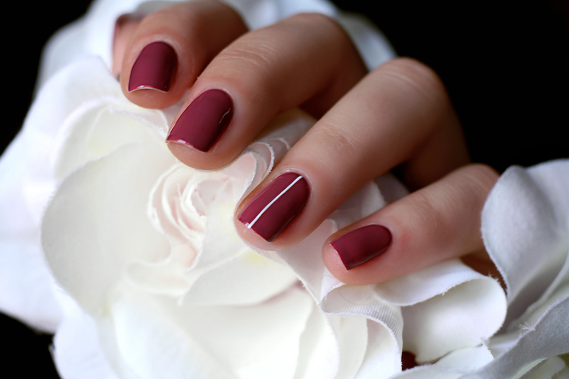 ongles-semi-permanent-bordeaux-1.